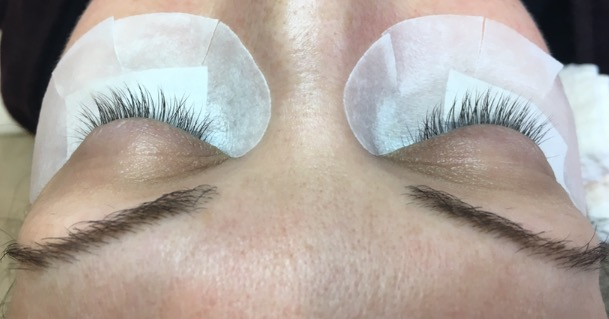 Woman Before Lash Extensions